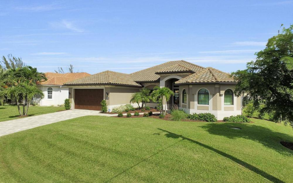 405 SW 33rd Ave, Cape Coral - Home For Sale 1815356760