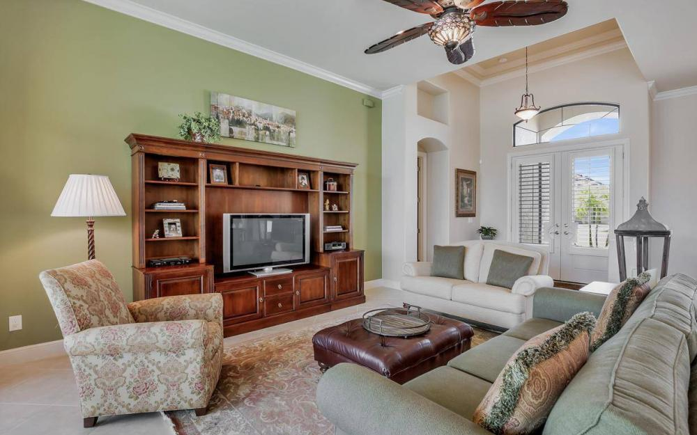 405 SW 33rd Ave, Cape Coral - Home For Sale 702393862