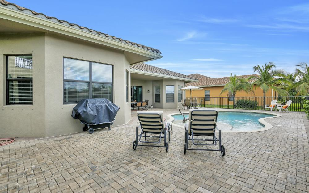3452 Atlantic Cir, Naples - Home For Sale 565140139