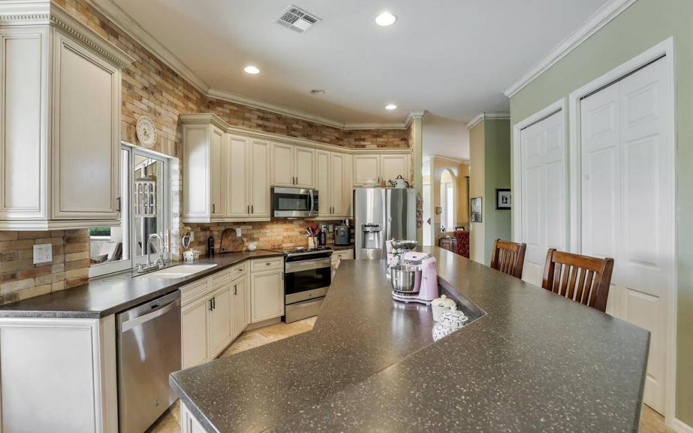 11206 King Palm Ct, Fort Myers - Home For Sale 1043830