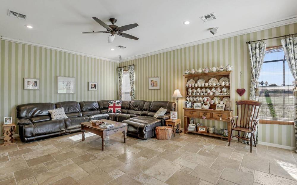 11206 King Palm Ct, Fort Myers - Home For Sale 1246769777