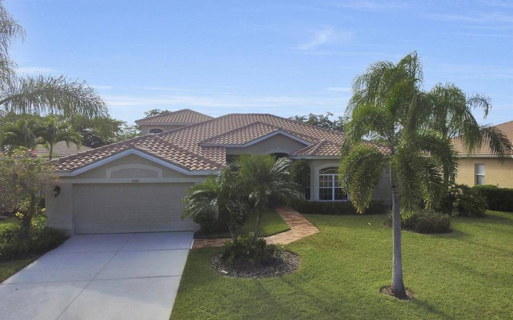 11206 King Palm Ct, Fort Myers - Home For Sale 1102082062