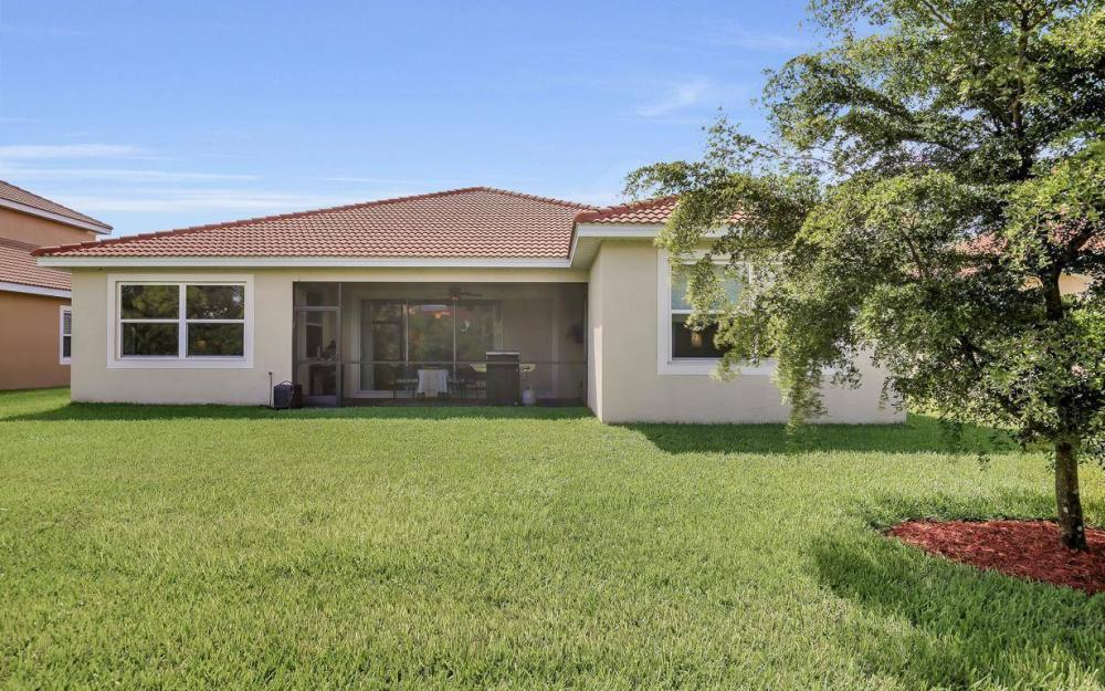 13221 Seaside Harbour Dr, North Fort Myers - Home For Sale 1556643912