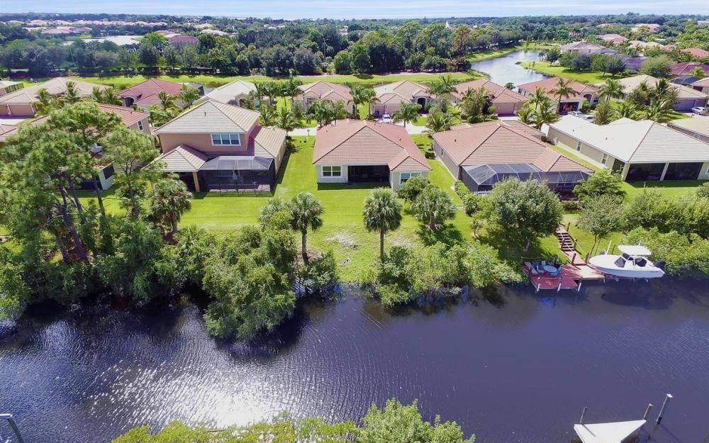 13221 Seaside Harbour Dr, North Fort Myers - Home For Sale 670593812