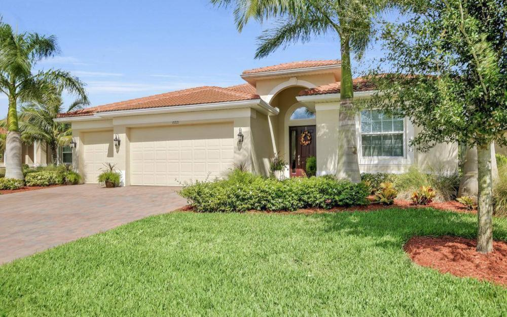 13221 Seaside Harbour Dr, North Fort Myers - Home For Sale 18869647