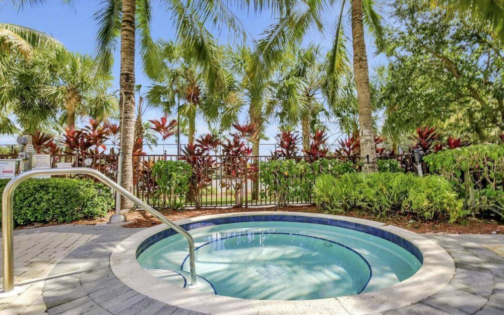 13221 Seaside Harbour Dr, North Fort Myers - Home For Sale 150349911