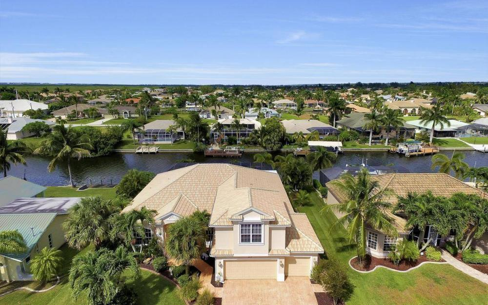 2817 SW 38th St, Cape Coral - Home For Sale 284180826