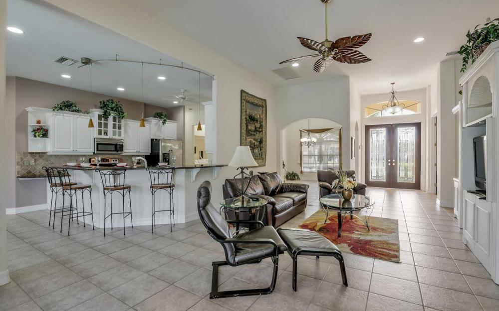 2817 SW 38th St, Cape Coral - Home For Sale 1899717821