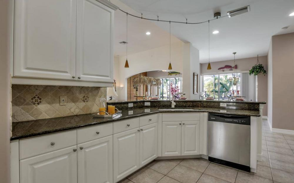 2817 SW 38th St, Cape Coral - Home For Sale 170724023