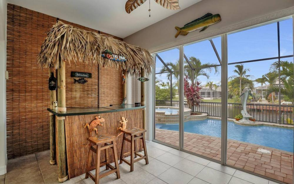 2817 SW 38th St, Cape Coral - Home For Sale 1930073374