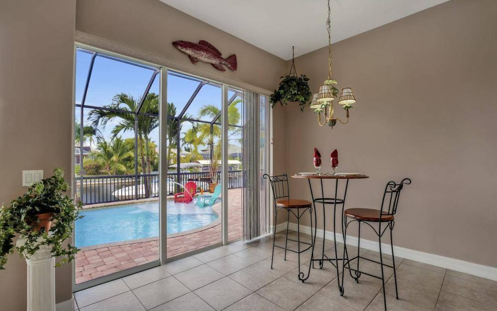 2817 SW 38th St, Cape Coral - Home For Sale 137600773