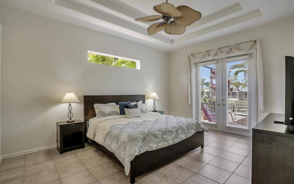 2817 SW 38th St, Cape Coral - Home For Sale 696448324