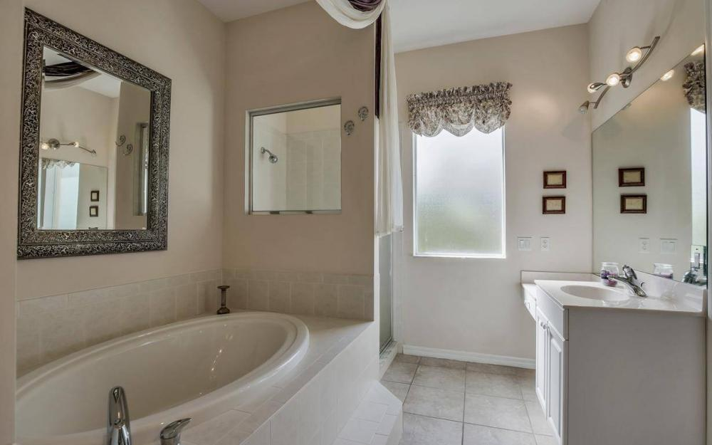 2817 SW 38th St, Cape Coral - Home For Sale 1106592463