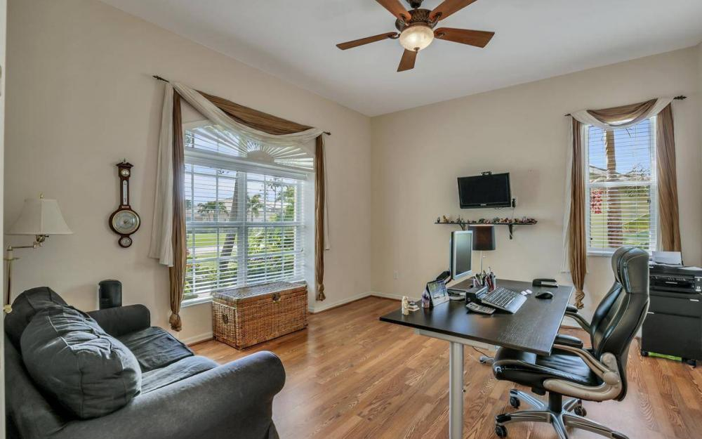 2817 SW 38th St, Cape Coral - Home For Sale 370319775