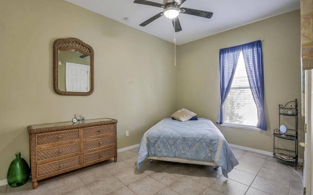 2817 SW 38th St, Cape Coral - Home For Sale 1350891285