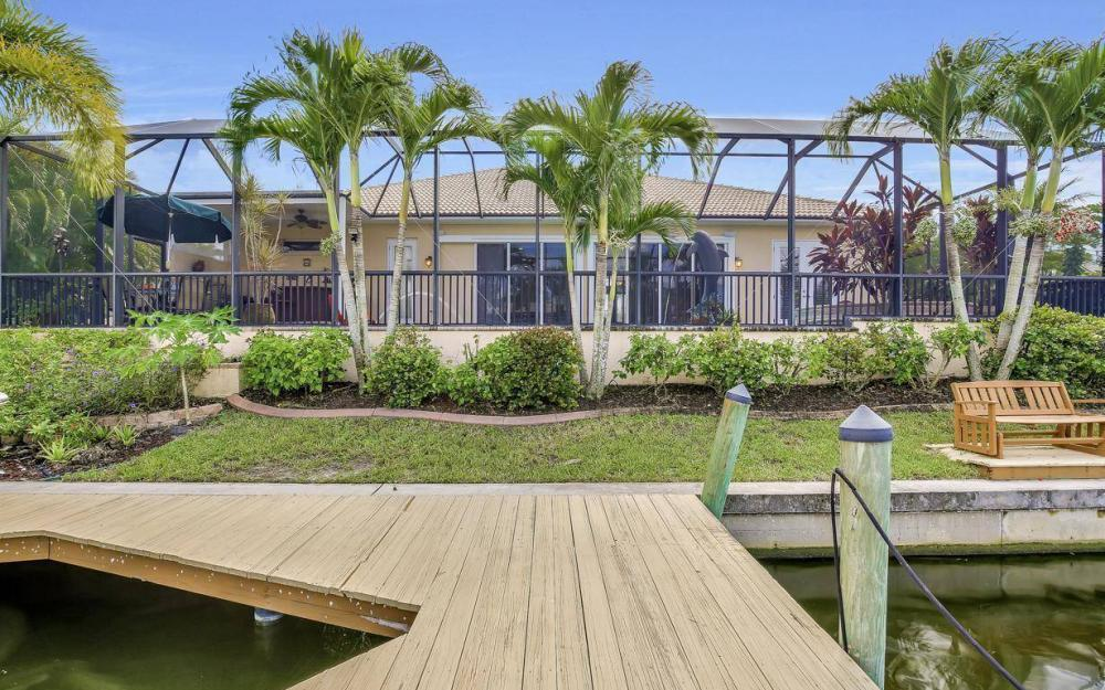 2817 SW 38th St, Cape Coral - Home For Sale 2037786890