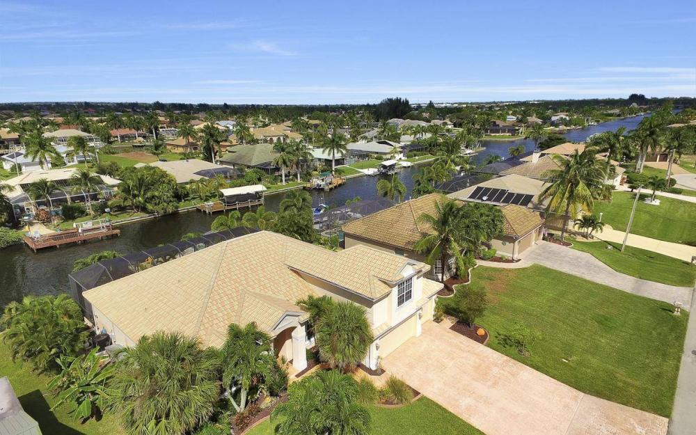 2817 SW 38th St, Cape Coral - Home For Sale 1000737955