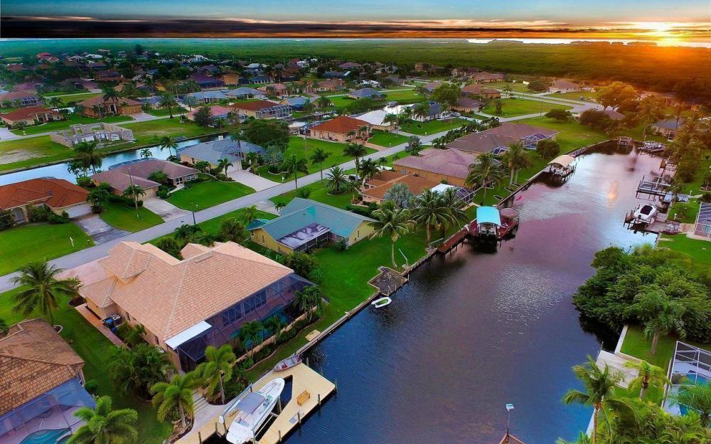 2817 SW 38th St, Cape Coral - Home For Sale 123481494