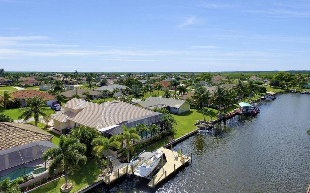 2817 SW 38th St, Cape Coral - Home For Sale 1147179565