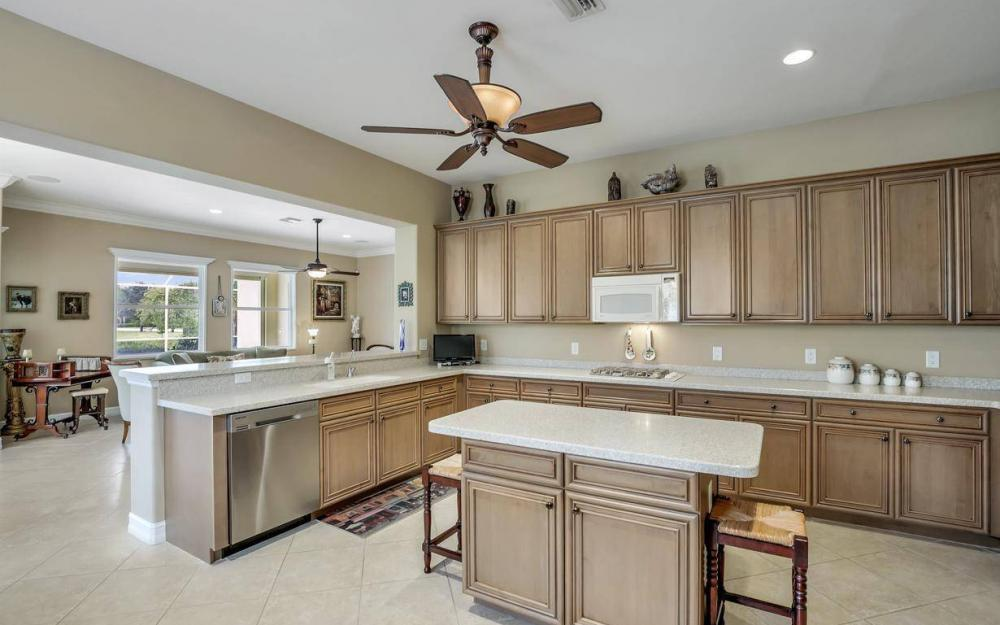 10539 Bellagio Dr, Fort Myers - Home For Sale 815367893