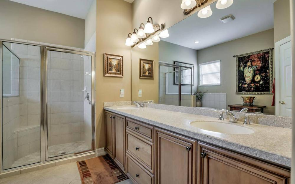 10539 Bellagio Dr, Fort Myers - Home For Sale 1828310852