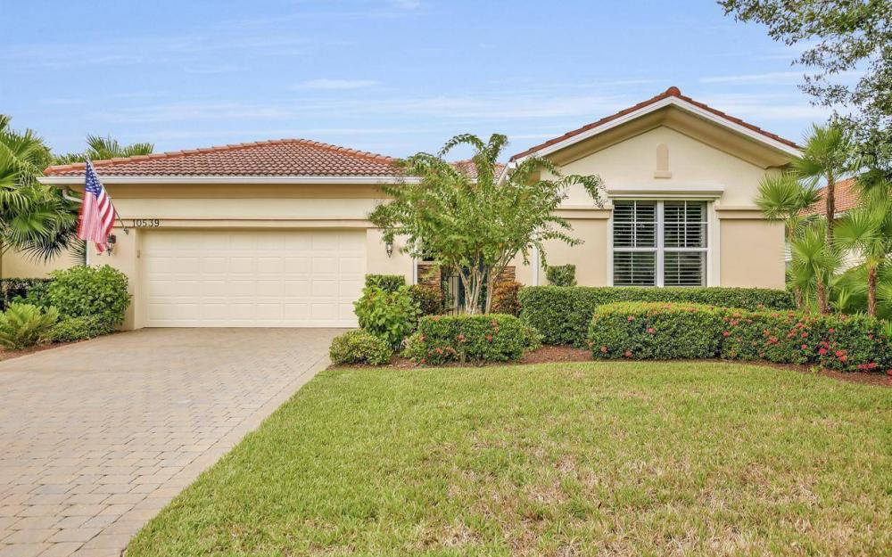 10539 Bellagio Dr, Fort Myers - Home For Sale 1810382330