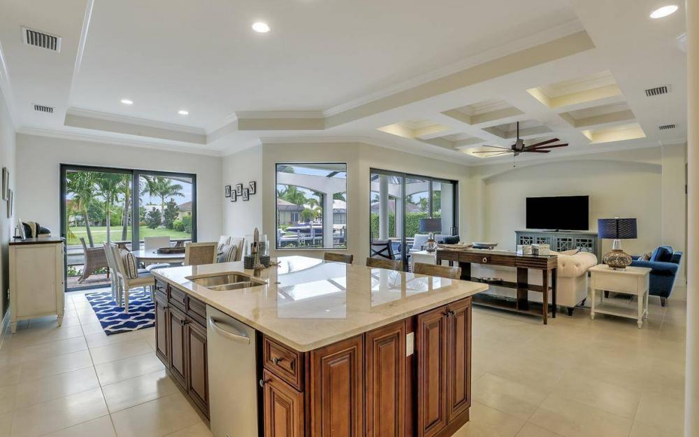 1812 Maywood Ct, Marco Island - Home For Sale 1856881381