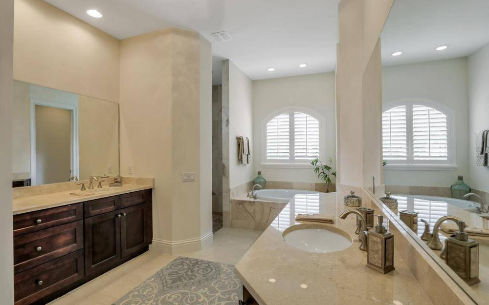 1812 Maywood Ct, Marco Island - Home For Sale 162425711