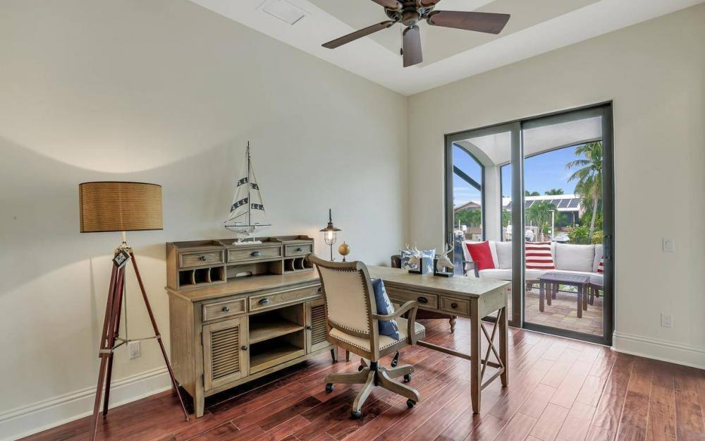 1812 Maywood Ct, Marco Island - Home For Sale 1736870128