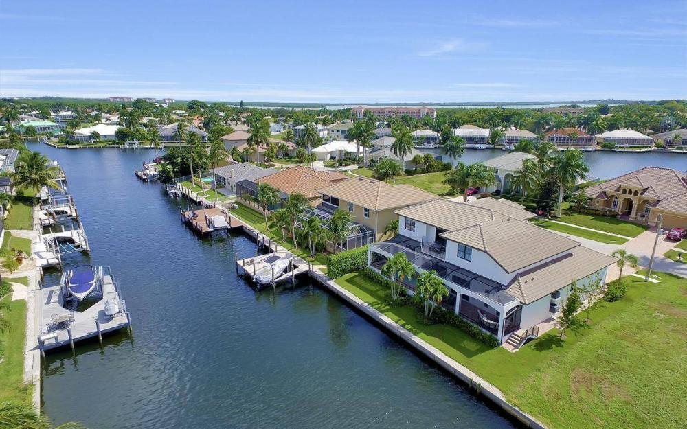 1812 Maywood Ct, Marco Island - Home For Sale 801216269