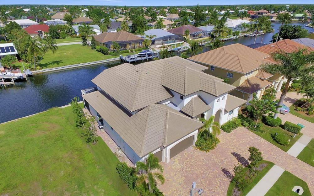 1812 Maywood Ct, Marco Island - Home For Sale 1021735475