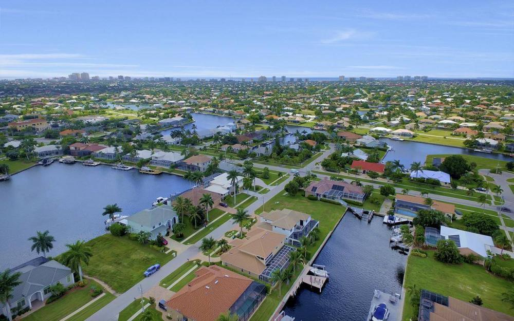 1812 Maywood Ct, Marco Island - Home For Sale 1861681356