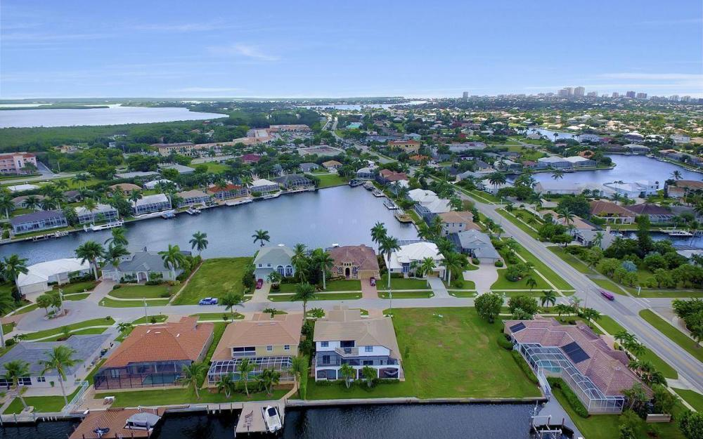 1812 Maywood Ct, Marco Island - Home For Sale 332179145