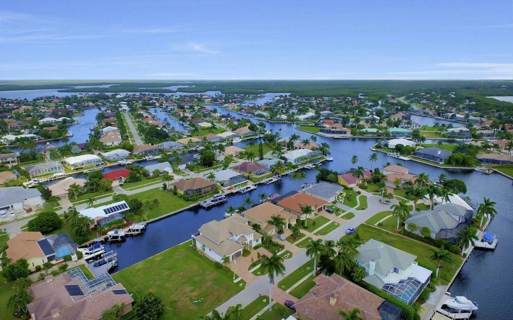 1812 Maywood Ct, Marco Island - Home For Sale 763811904