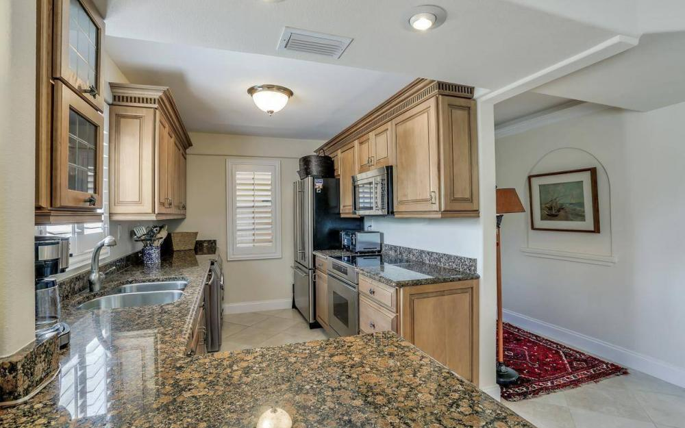 1415 Blue Point Ave, Naples - Condo For Sale 700732473
