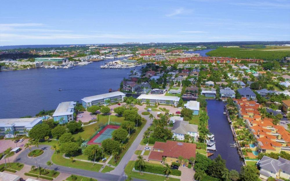 1415 Blue Point Ave, Naples - Condo For Sale 737707949