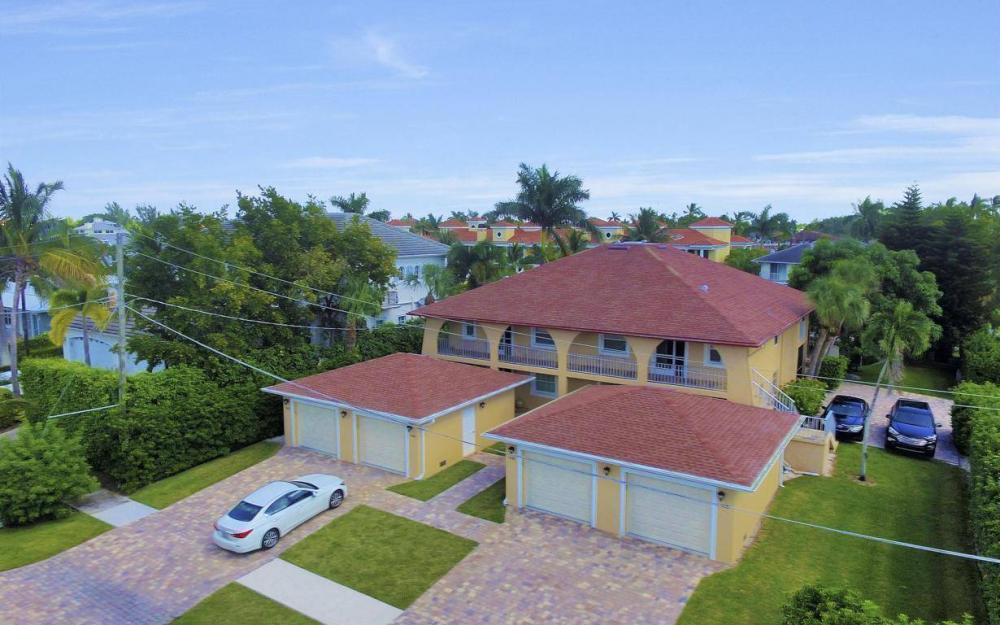 1415 Blue Point Ave, Naples - Condo For Sale 2021459247