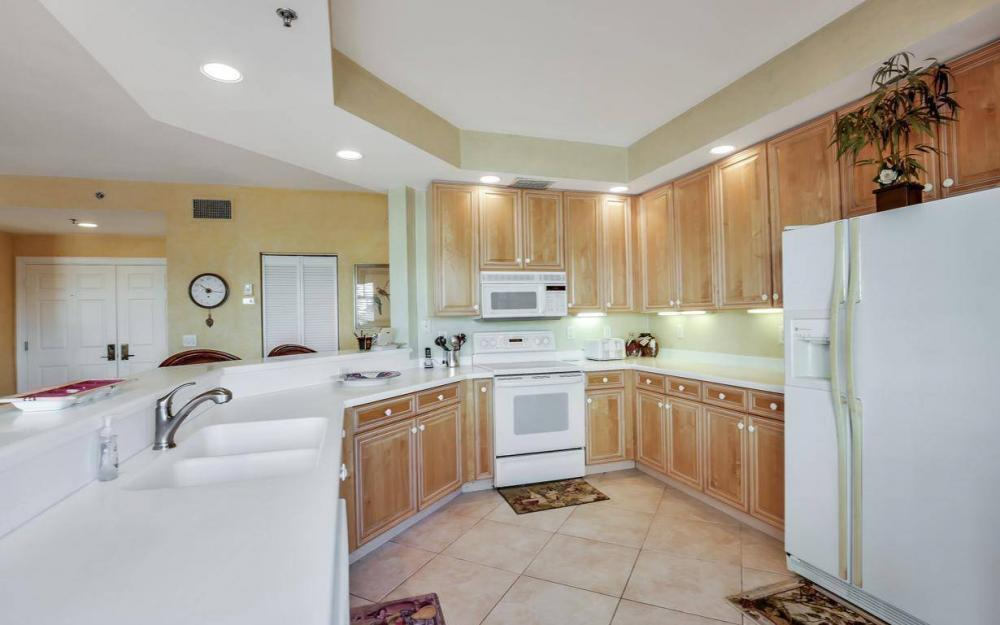 1141 Swallow Ave B4-501, Marco Island - Condo For Sale 1145006248