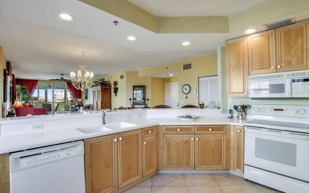 1141 Swallow Ave B4-501, Marco Island - Condo For Sale 1942637599