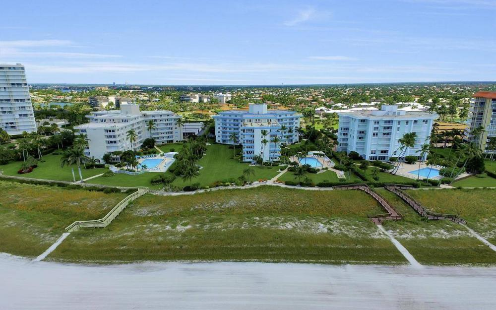 220 Seaview Ct #103, Marco Island - Condo For Sale 581422724