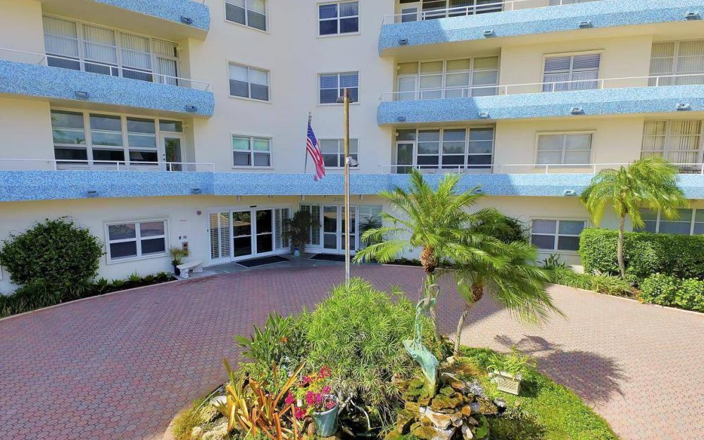 220 Seaview Ct #103, Marco Island - Condo For Sale 1377158411