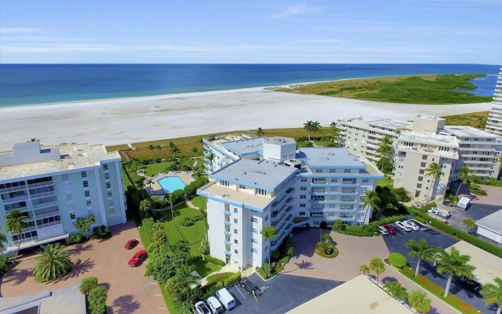 220 Seaview Ct #103, Marco Island - Condo For Sale 2013553465