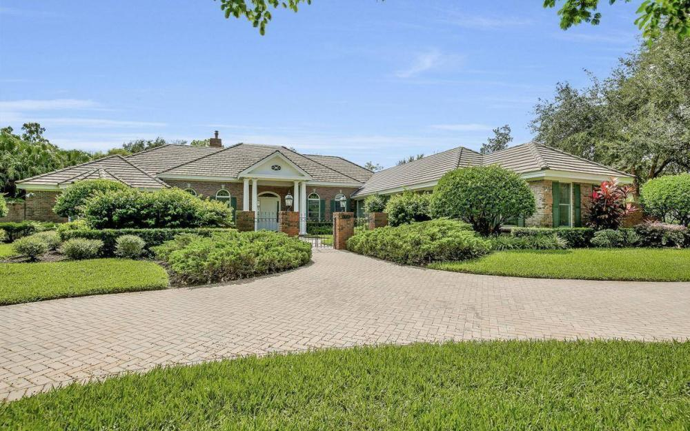 4756 Pond Apple Drive North, Naples - Home For Sale 853763935