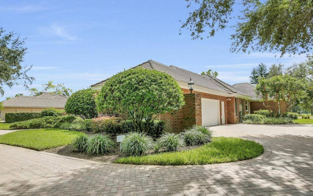 4756 Pond Apple Drive North, Naples - Home For Sale 1187649185