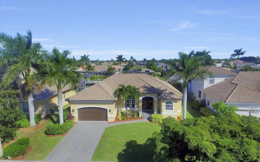 1630 Winterberry Dr, Marco Island - Home For Sale 1473042446