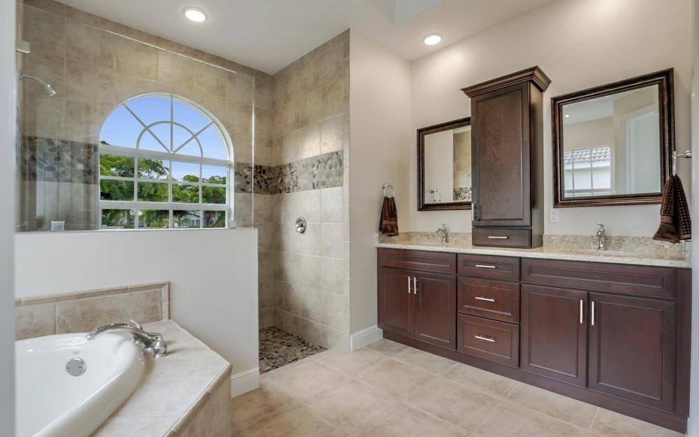1630 Winterberry Dr, Marco Island - Home For Sale 59388400