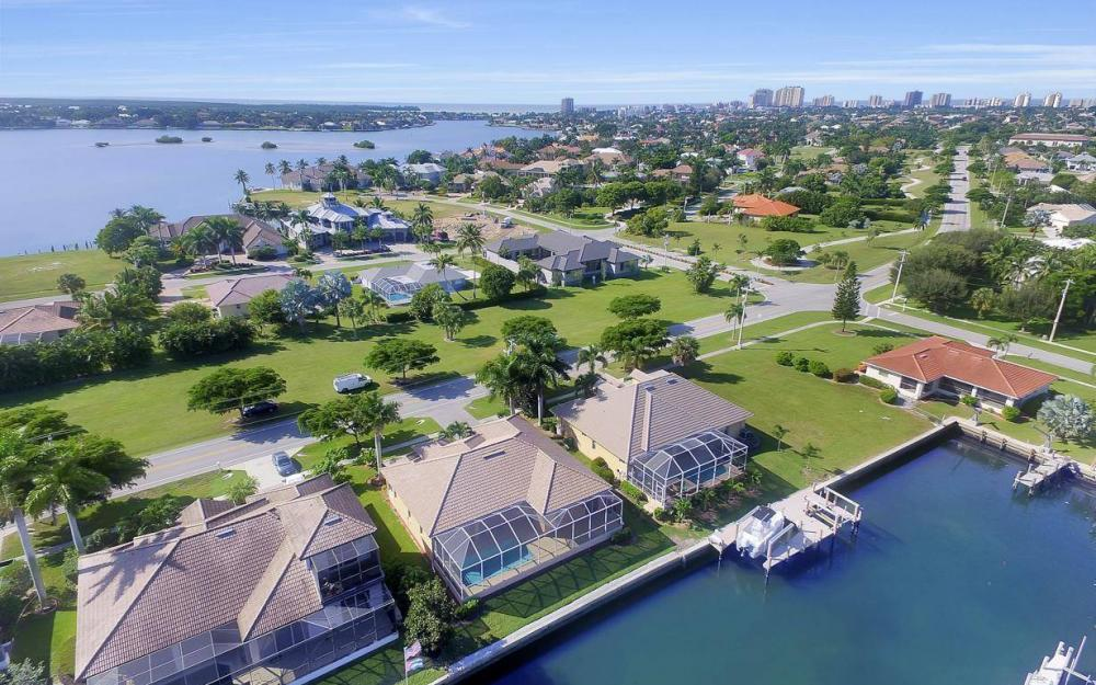 1630 Winterberry Dr, Marco Island - Home For Sale 1835309987