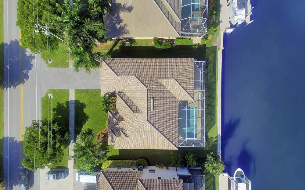 1630 Winterberry Dr, Marco Island - Home For Sale 1844166158