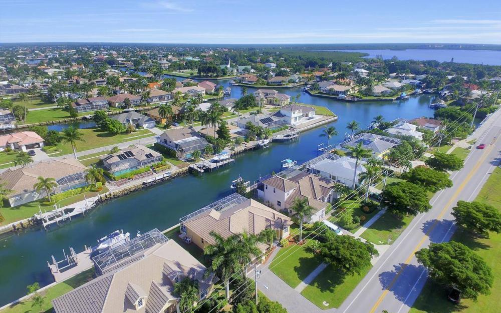 1630 Winterberry Dr, Marco Island - Home For Sale 1652479933