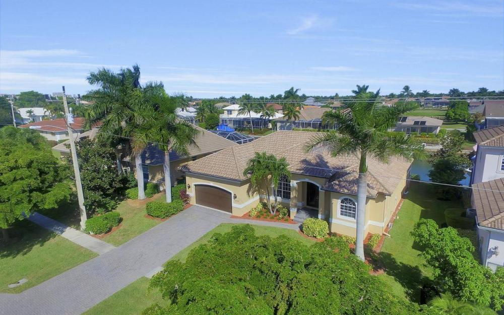 1630 Winterberry Dr, Marco Island - Home For Sale 635487324